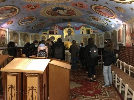 Wizyta uczniów klasy 1A, 1F, 1G, 2D, 2E w Cerkwii św. Marii Magdaleny.